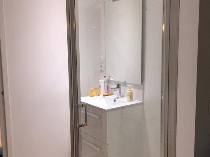 Transformation d\'un garage en chambre et salle d\'eau - Guilbaud SAS